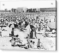 Orchard Beach In The Bronx Acrylic Print by Underwood Archives