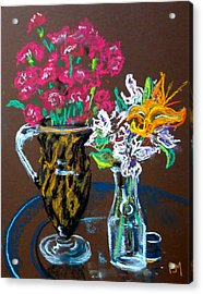 2 Vases Acrylic Print by Pete Maier