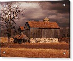 Wisconsin Barn Acrylic Print by Jack Zulli