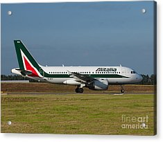 Alitalia Airbus A319 Acrylic Print by Paul Fearn