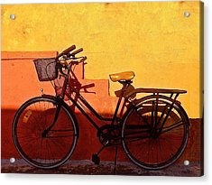 Bicycle Isla Mujeres Acrylic Print by Andrew Wohl