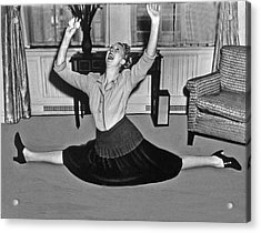 Charlotte Greenwood Does The Splits At 50 Acrylic Print by Underwood Archives