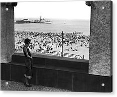 Coney Island In New York City Acrylic Print by Underwood Archives