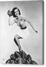 Debbie Reynolds Throws A Pass Acrylic Print by Underwood Archives