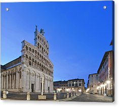 Europe, Italy, Tuscany, Lucca, Piazza Acrylic Print by Rob Tilley