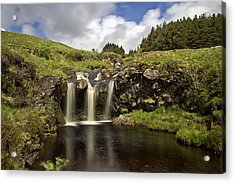 Glen Brittle Acrylic Print by David Pringle