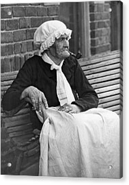 Grandma Smokes Pipe At Age 92 Acrylic Print by Underwood Archives