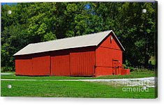 Illinois Red Barn Acrylic Print by Luther   Fine Art