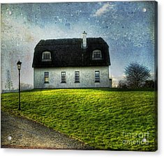Irish Thatched Roofed Home Acrylic Print by Juli Scalzi