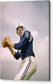Johnny Unitas Drops Back Acrylic Print by Retro Images Archive