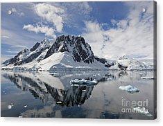 Serene Vista... Acrylic Print by Nina Stavlund