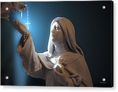 Statue 22 Acrylic Print by Thomas Woolworth