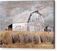Textured Missouri Barn  Acrylic Print by Liane Wright