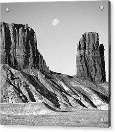 Utah Outback 21 Acrylic Print by Mike McGlothlen