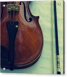 Violin And Bow Acrylic Print by Patricia Januszkiewicz