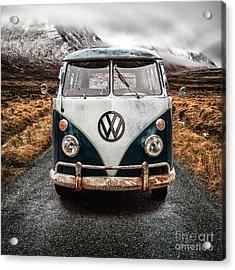 Vw In Glen Etive Acrylic Print by John Farnan