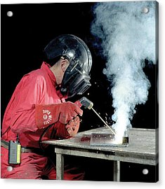 Welding Fumes Exposure Testing Acrylic Print by Crown Copyright/health & Safety Laboratory Science Photo Library