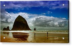 Cannon Beach At Dusk Acrylic Print by David Patterson