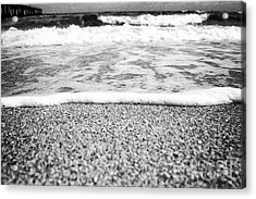 Approaching Wave - Black And White Acrylic Print by Hideaki Sakurai