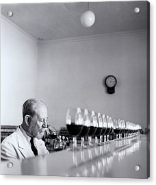 Mature Wine Tester With Row Of Glasses (b&w) Acrylic Print by Hulton Archive