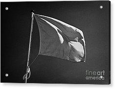red flag flying marking the hanoverian english line Culloden moor battlefield site highlands scotl Acrylic Print by Joe Fox