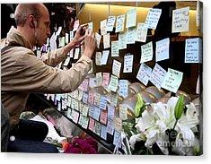 Rip Steve Jobs . October 5 2011 . San Francisco Apple Store Memorial 7dimg8576 Acrylic Print by Wingsdomain Art and Photography