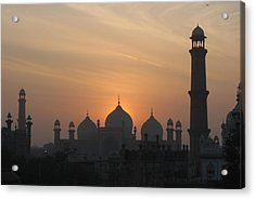 Badshahi Mosque At Sunset, Lahore, Pakistan Acrylic Print by Daud Farooq