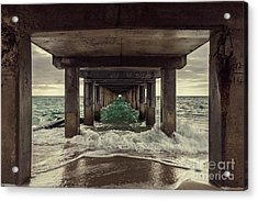 Changing Tides Acrylic Print by Andrew Paranavitana
