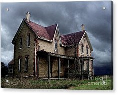 Farm House Acrylic Print by Tom Straub