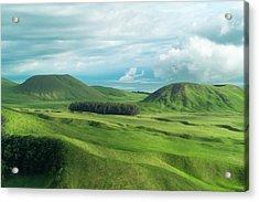 Green Hills On The Big Island Of Hawaii Acrylic Print by Larry Marshall