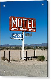 Motel Sign On I-40 And Old Route 66 Acrylic Print by Scott Sawyer