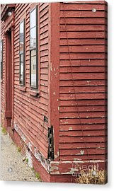 Old Colonial New England Home Acrylic Print by Edward Fielding