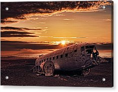 Solheimasandur Plane Crash Acrylic Print by Wendy White