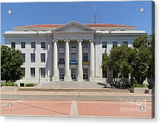 University Of California Berkeley Historic Sproul Hall At Sproul Plaza Dsc4083 Acrylic Print by Wingsdomain Art and Photography