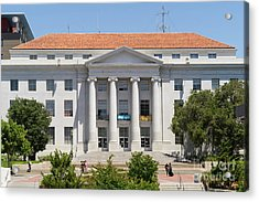 University Of California Berkeley Historic Sproul Hall At Sproul Plaza Dsc4088 Acrylic Print by Wingsdomain Art and Photography