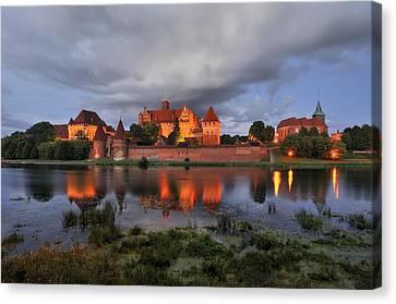 Castle Canvas Print by Jan Sieminski