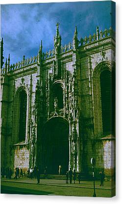 Jeronimos Monastery Canvas Print by Donna Walsh