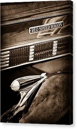 1935 Reo Speed Wagon 6ap Pickup Emblem Canvas Print by Jill Reger