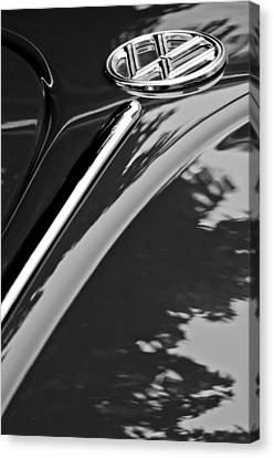 1952 Volkswagen Vw Bug Hood Emblem Canvas Print by Jill Reger