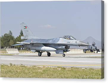 A Royal Jordanian Air Force F-16 Canvas Print by Giovanni Colla