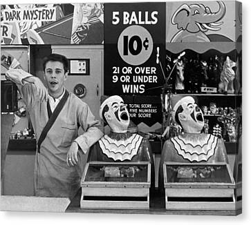 A Vendor At Playland In Sf Canvas Print by Underwood Archives