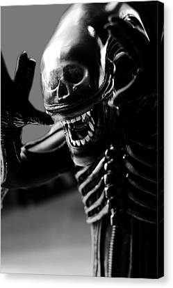 Alien Is Disoriented Canvas Print by Toppart Sweden