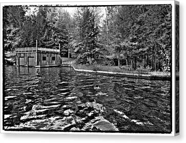 Arrowhead Park Waterway In Inlet New York Canvas Print by David Patterson