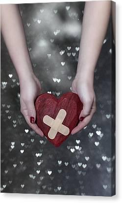 Broken Heart Canvas Print by Joana Kruse