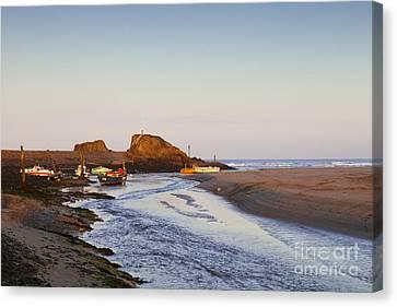 Bude Cornwall England Summerleaze Beach Canvas Print by Colin and Linda McKie