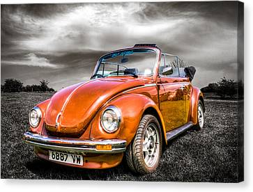 Classic Vw Beetle Canvas Print by Ian Hufton