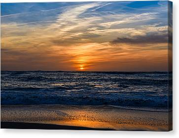 Canvas Print featuring the photograph Color Sangre by Thierry Bouriat