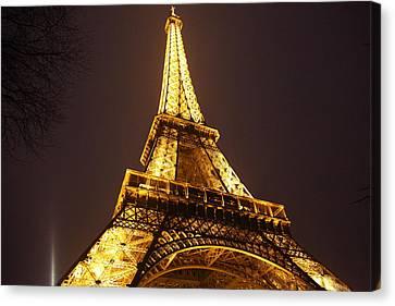 Eiffel Tower - Paris France - 011315 Canvas Print by DC Photographer