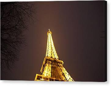 Eiffel Tower - Paris France - 011316 Canvas Print by DC Photographer