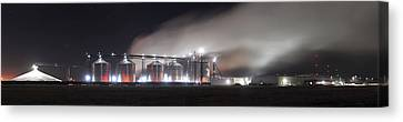 Ethanol Plant In Watertown Canvas Print by Dung Ma
